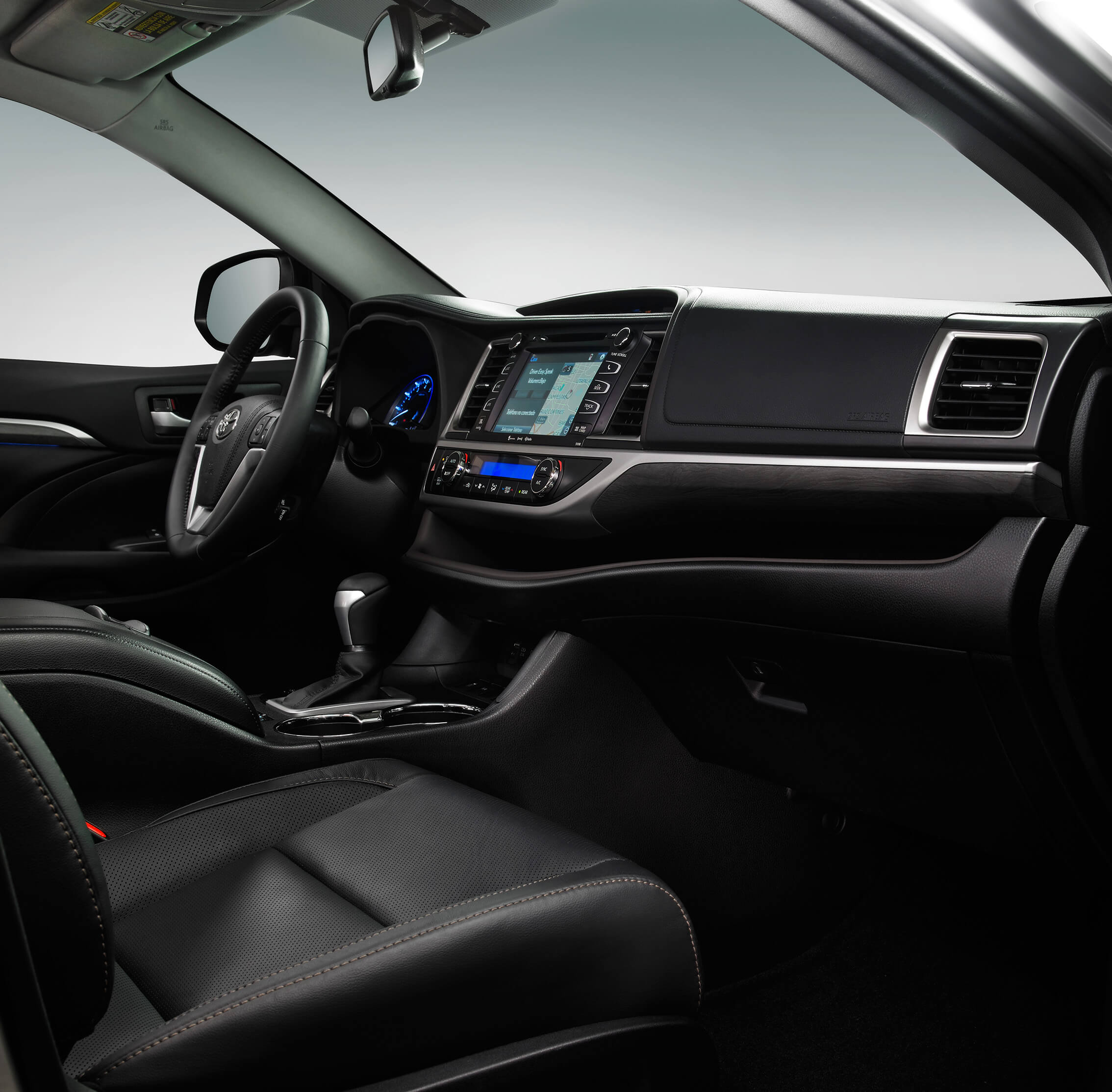 highlander-interior4