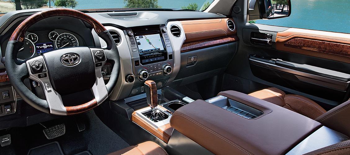 TUNDRA - Toyota Satélite